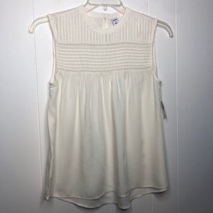 NWT Old Navy pleated yoke smock top. Size small